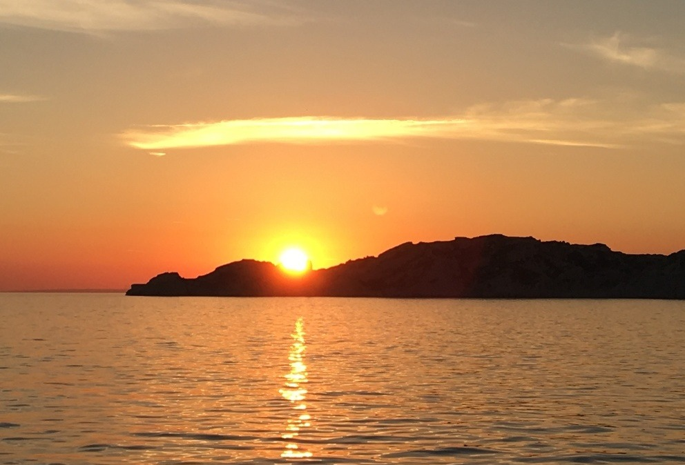 sunset frioul marseille