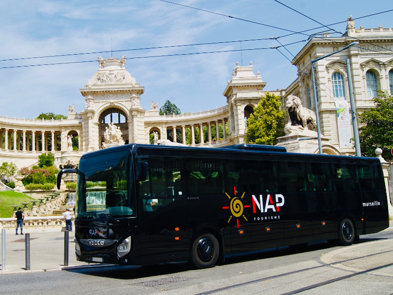 Bus for visit Provence